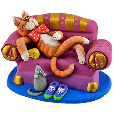 """Статуетка """"Кіт на дивані"""""""