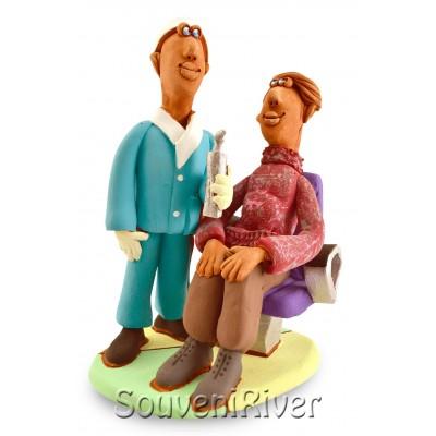 """Статуетка """"На прийомі в стоматолога в кабінеті №1"""""""