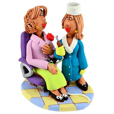"""Статуетка """"На прийомі в стоматолога в кабінеті №8"""""""