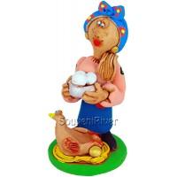 "Статуетка ""Козачка з куркою та яйцями"""
