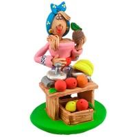 """Статуетка """"Козачка торгує фруктами"""""""