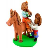 """Статуетка """"Прогулянка на коні"""""""